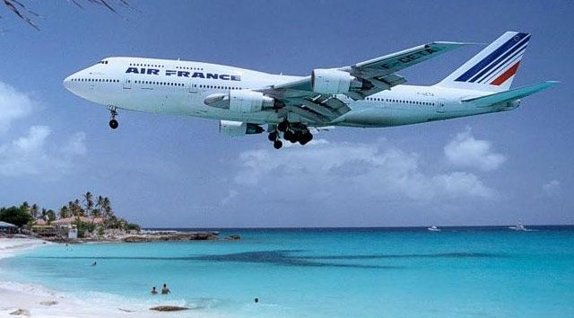 http://a34.idata.over-blog.com/0/06/99/80/images/air-france-avion.jpg