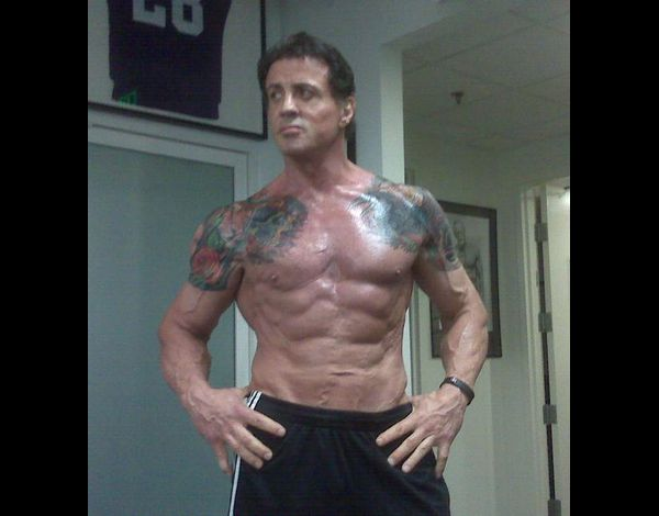 http://a34.idata.over-blog.com/630x470-000000/0/08/30/45/musculation/STALLONE-TATOO.jpg